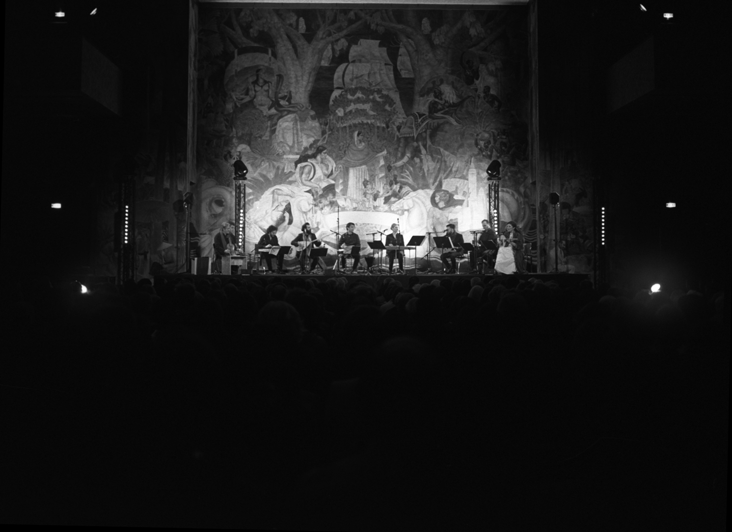 – Concert – World Refugee Day at Saint-Denis with Jordi Savall